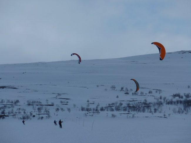 Ascensión al Halti con kites