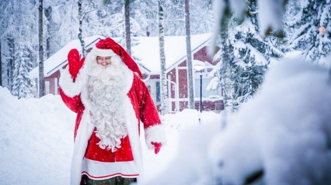 Papá Noel en el Circulo Polar Ártico en Rovaniemi