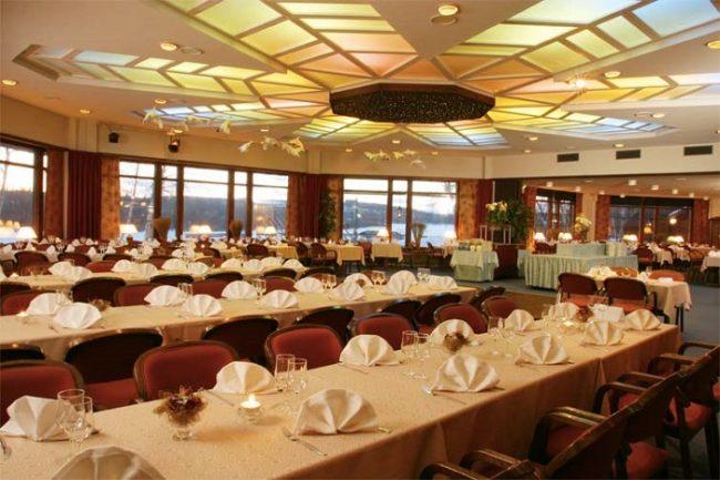 Restaurante Lapin yö en el hotel Ivalo