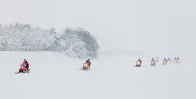 Safari con motos de nieve en Ivalo