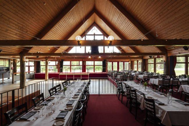 Detalle del restaurante del hotel Äkäshotelli en Äkäslompolo