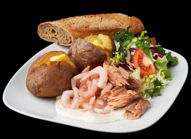 Uno de los sabrosos platos de menú del Café Picnic Cheerful