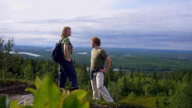 Desde la cima de la colina de Iivaara se puede apreciar toda la magnitud que rodea la ciudad de Kuusamo