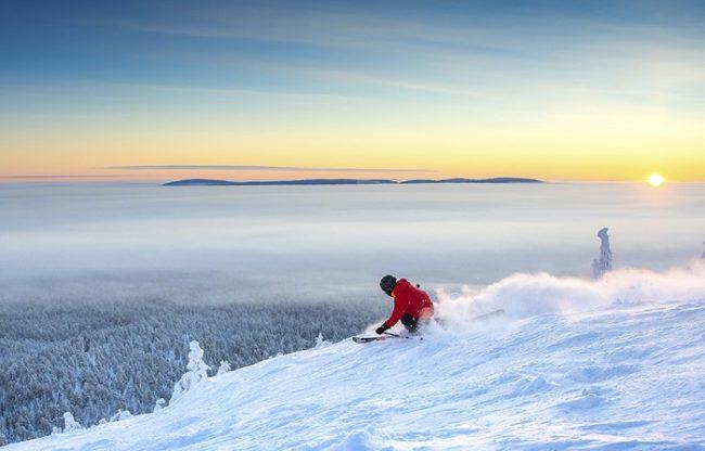 Podemos disfrutar de maravillosas vistas en la estación de esquí de Pyhä en Laponia