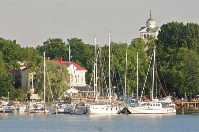 Detalle del puerto de Ekenäs Tammisaari, entrada al Parque Nacional del Archipiélago de Ekenás