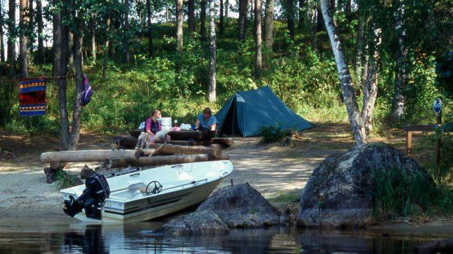 Camping en el Parque Nacional de Linnansaari