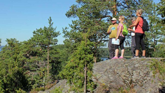 En la isla grande del Parque Nacional de Linnansaari se pueden realizar interesantes excursiones