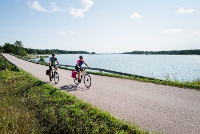 Recorriendo el archipiélago de Turku en bicicleta